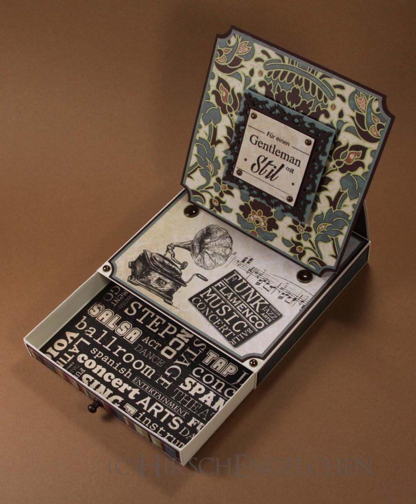 Easel Card Box open