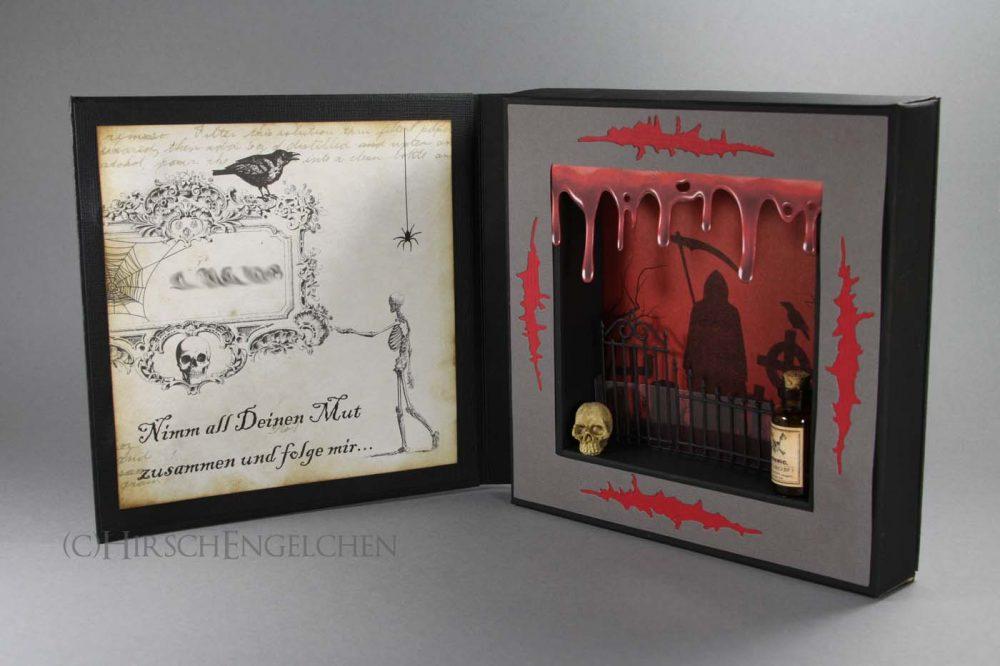 halloween framecard open