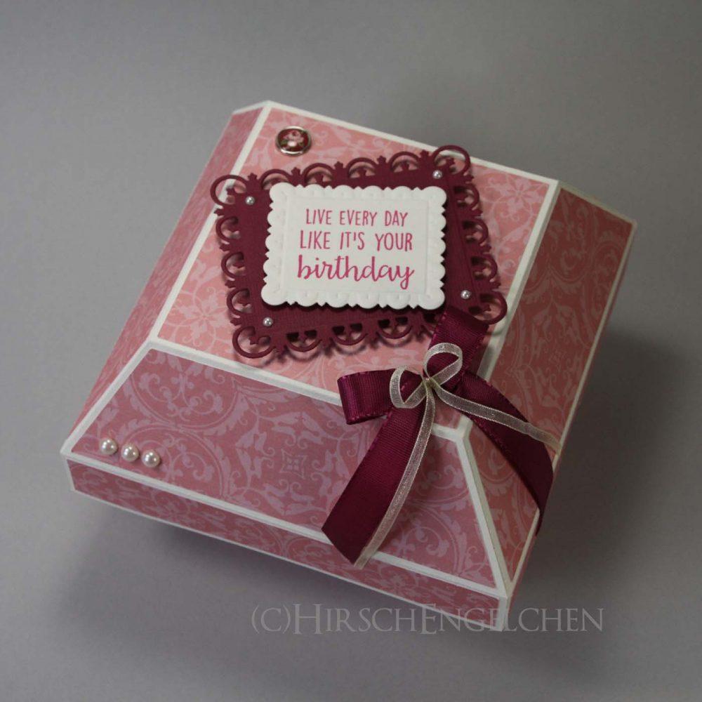 flat diamond box in pink